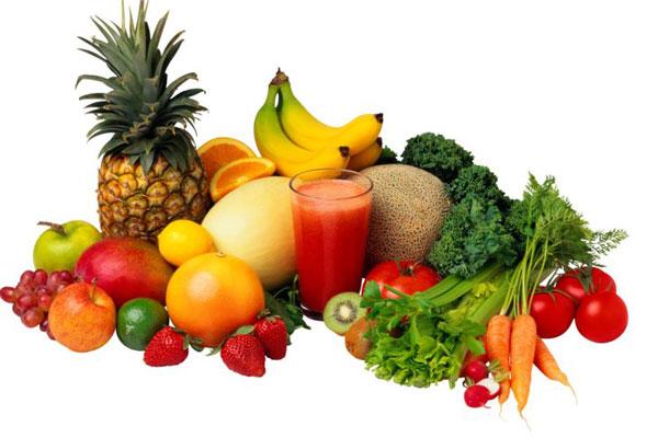 Полезный витаминный коктейль из фруктов для спортсменов.